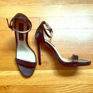 Classic black sandal high heel pump